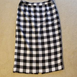 ☆ Who What Wear ☆ Checkered Skirt  Size 10